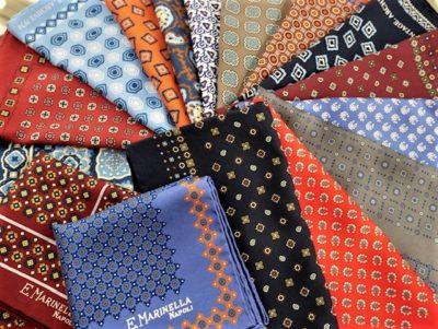 【OTHERS】ARCHIVE(アーカイブ)も!シルクプリント小紋柄ポケットチーフが色柄豊富に入荷しております。